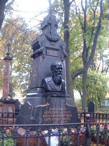 チフヴィン墓地
