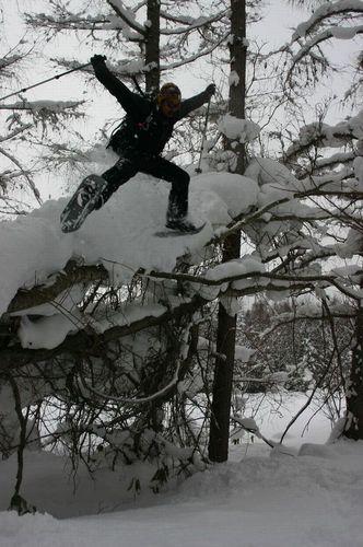 スノーシュージャンプ